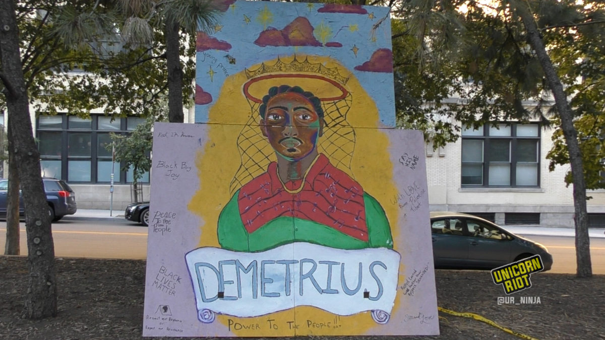 Mural depicting Demetrius Hill